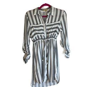 Love Notes - medium gray/white dress